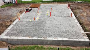 Podrobný návod na realizaci základů a betonování desky