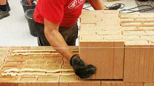 Jak kvalitně postavit hrubou stavbu a ušetřit